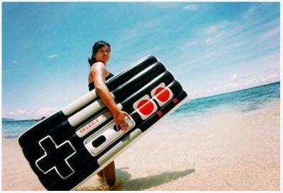 Nintendo Controller FLoatie