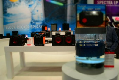 underwaterspeakerCES
