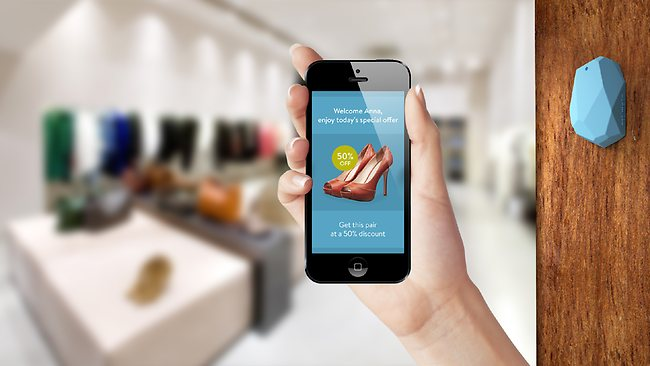bluetooth beacon making making in-store shopping more mobile friendly