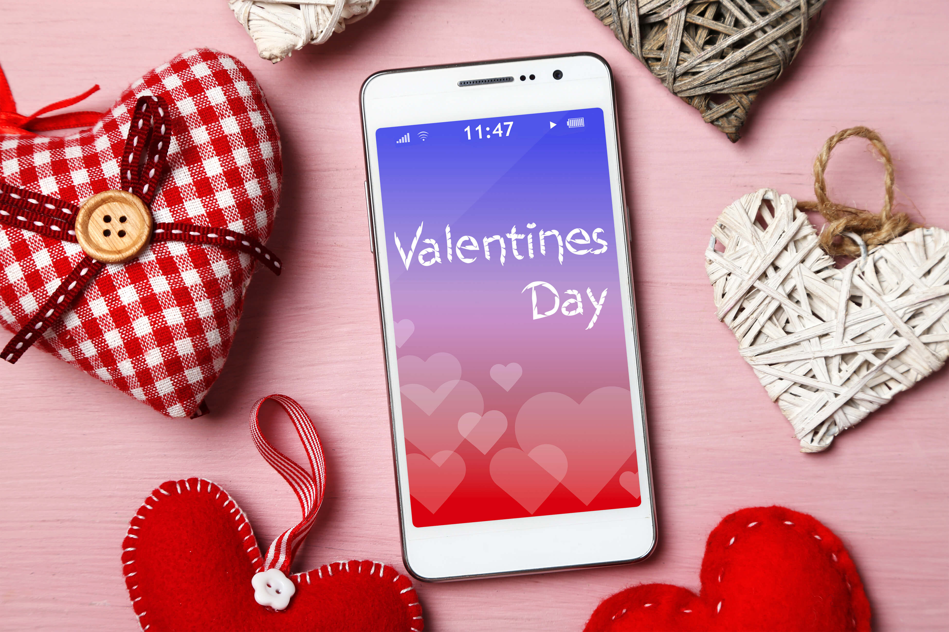 7 Great Valentine's Day Gifts for Your Favorite Techie