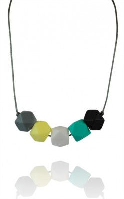 wear tough teething necklace