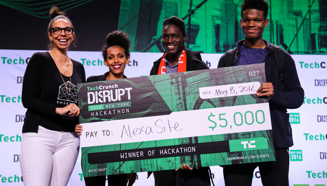 AlexaSite web design CMS winning award at TechCrunch Disrupt