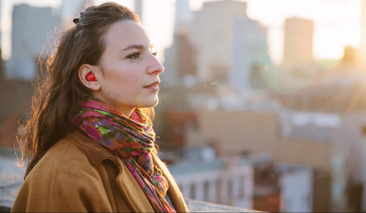 These Real-Time Language Translation Earbuds Raised Over $2 Million on Indiegogo