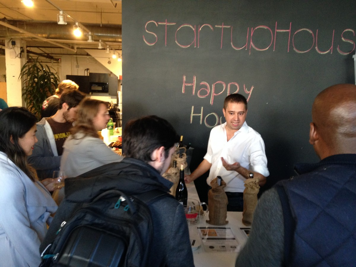 SnapMunk founder of the week Niv Nissenson of Winecrasher at StartupHouse
