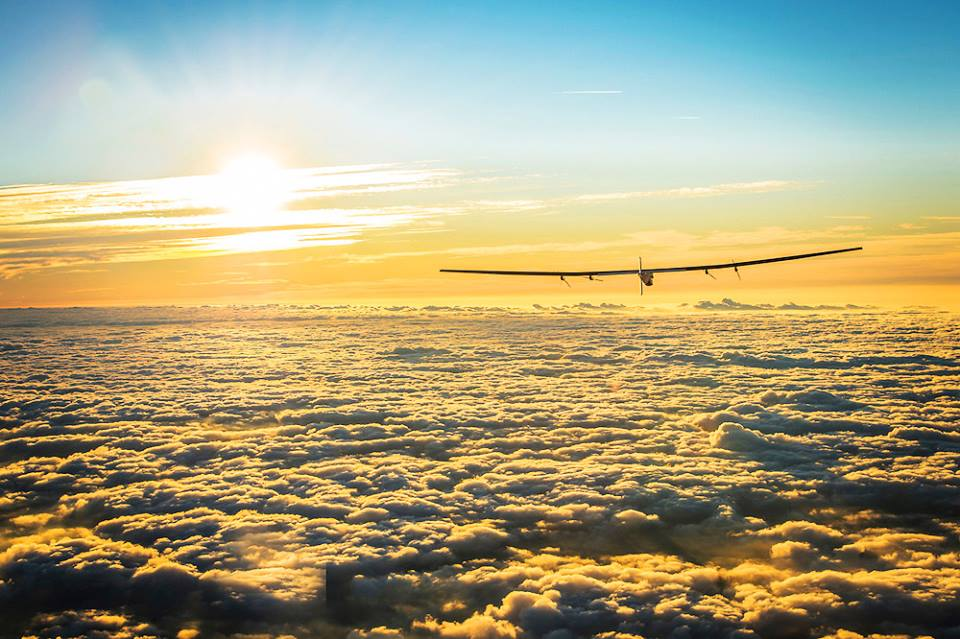 A Solar Powered Airplane Just Circumnavigated the Globe – It Took A Year, But It Made It