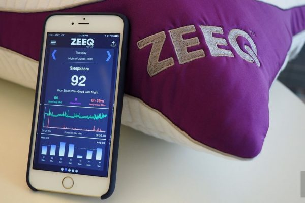 ZEEQ Smart Pillow and companion iPhone app