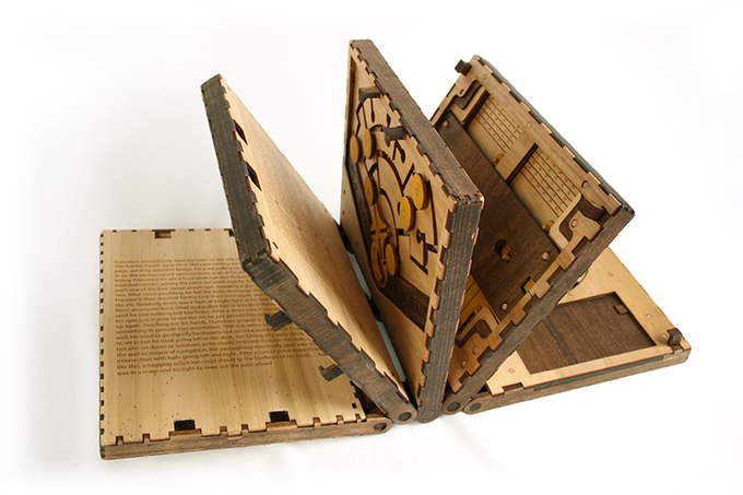 wooden puzzle book by Codex Silenda