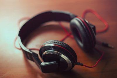 headphones underk covershot cc