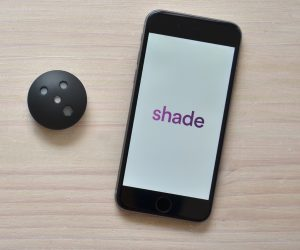 Shade UV radiation monitor and smartphone app for lupus patients