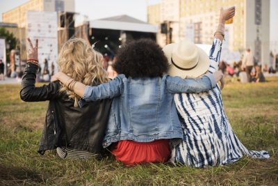 women form a real life social network for music fans