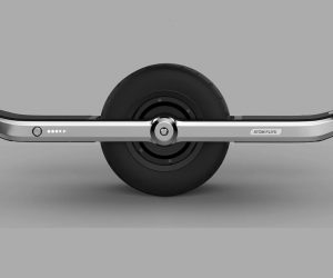 We Really Want To Ride This All-Terrain Hoverboard With A Fat Middle Wheel