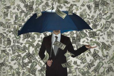 moneyrainingonumbrellarepresentingbillion dollarstartups