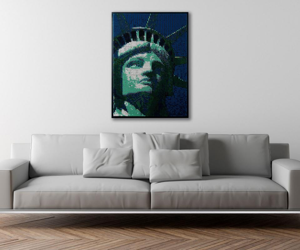 Color.Works statue of liberty crayon wall art