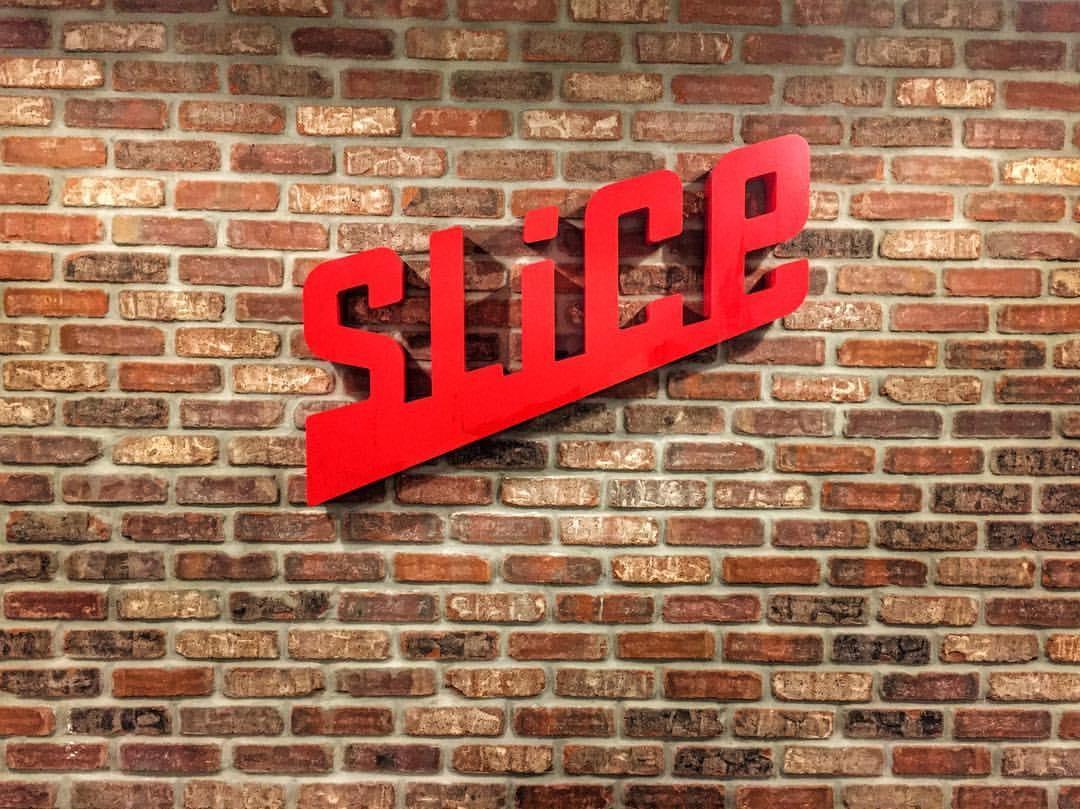 slice pizza delivery app logo