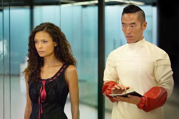 characters from Westworld episode 6 recap