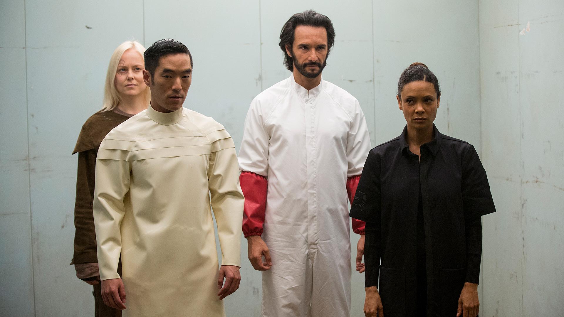 westworld episode 10 recap season finale maeve's escape