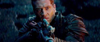 terminator genisys courtney future gun