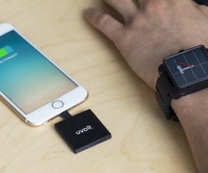 Uvolt Watch, An Analog Watch That Uses Solar Power Charges Your Phone