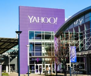 Yahoo!: The Life and Death of an Internet Pioneer