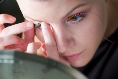 Weirdest Wearable Ever? Interactive LED Eyelashes Makes Crowdfunding Goal